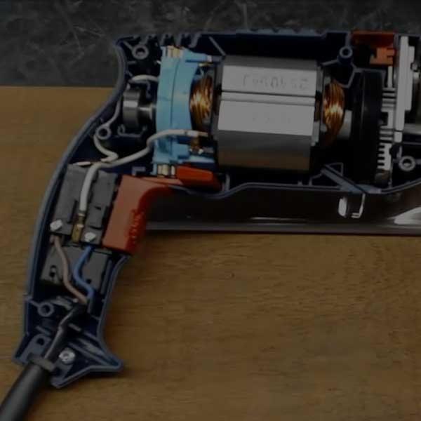Assistência Técnica-Fazemos manutenção e atendemos as garantias das marcas Bosch, Makita, Skil e Dremel